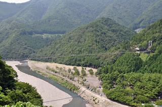 奈良県十津川村谷瀬の吊り橋04.jpg